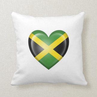 Bandera jamaicana del corazón en blanco cojines