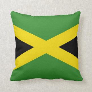 Bandera jamaicana en la almohada de MoJo del ameri