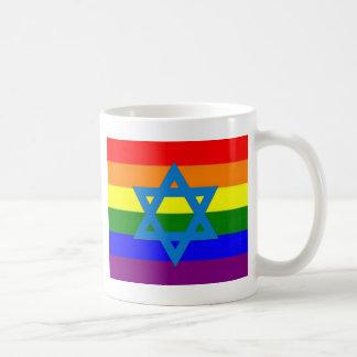 Bandera judía del orgullo gay taza