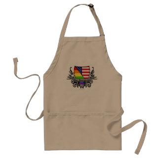 Bandera lesbiana gay del escudo del orgullo del delantal