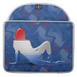 Bandera Luxembourgian de la silueta del chica Funda Macbook Pro