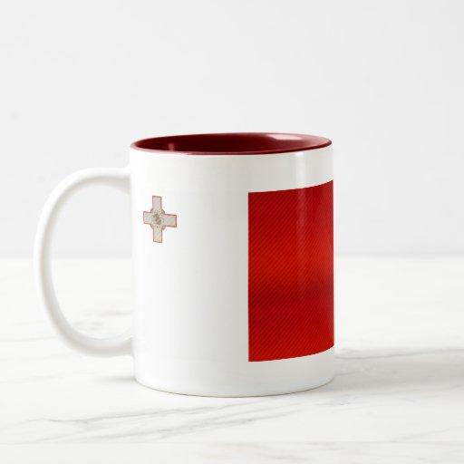 Bandera maltesa pelada moderna taza dos tonos