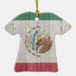 Bandera mexicana de madera descolorada vieja ornamento para arbol de navidad