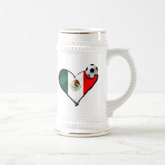 Bandera mexicana del amor del fútbol de los regalo taza