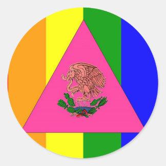 Bandera mexicana del orgullo gay pegatina redonda