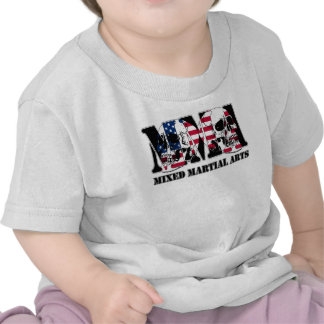 Bandera mezclada y cráneos de los E.E.U.U. de los Camisetas