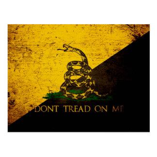 Bandera negra de Anarcho Gadsden del Grunge Tarjeta Postal