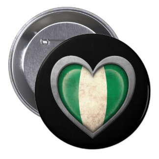 Bandera nigeriana del corazón con efecto del metal pin