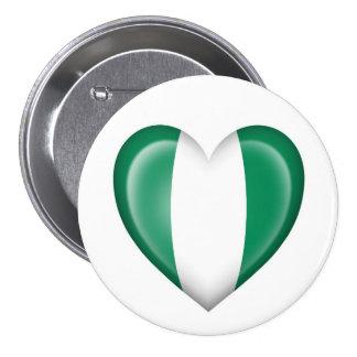Bandera nigeriana del corazón en blanco pins