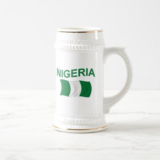 Bandera nigeriana jarra de cerveza