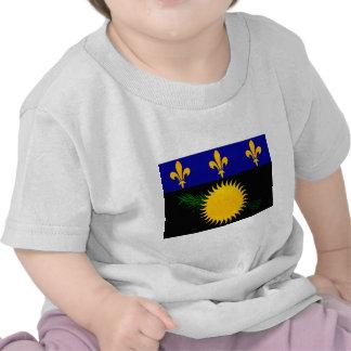 Bandera pelada moderna de Guadeloupean Camisetas