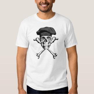 Bandera pirata del cráneo del cocinero: Negro Polera