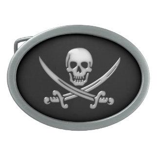 Bandera pirata del cráneo y de la espada del hebillas de cinturon ovales