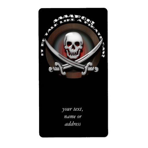 Bandera pirata del cráneo y de la espada del pirat etiquetas de envío