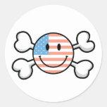 bandera pirata del smiley de la bandera americana etiquetas redondas
