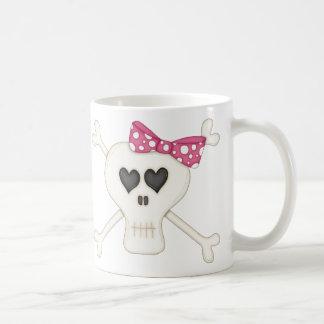 Bandera pirata rosada linda del gótico taza de café
