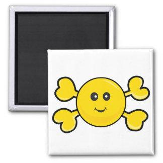 bandera pirata sonriente del amarillo del cráneo d imán cuadrado