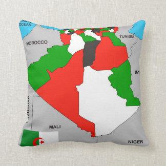 bandera política del mapa del país de Argelia Cojines