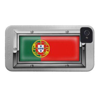 Bandera portuguesa en un marco de acero iPhone 4 carcasa