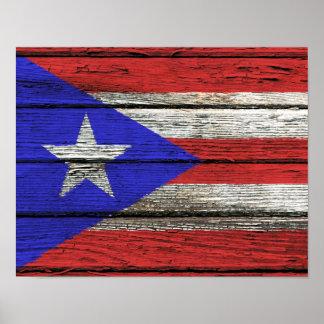 Bandera puertorriqueña con efecto de madera áspero póster