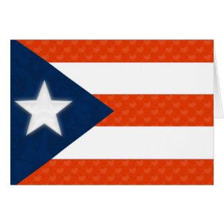 Bandera puertorriqueña de corazones rayados rojos tarjeta de felicitación