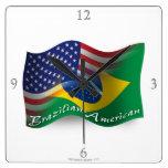 Bandera que agita Brasileño-Americana Reloj