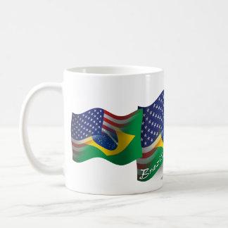 Bandera que agita Brasileño-Americana Taza De Café