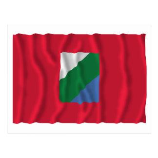 Bandera que agita de Abruzos Postal