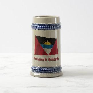 Bandera que agita de Antigua y de Barbuda con nomb Taza