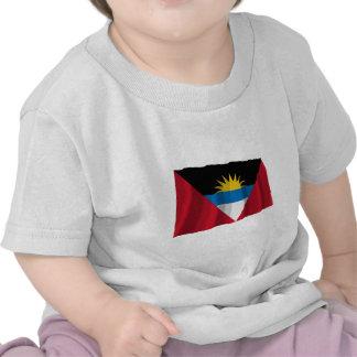 Bandera que agita de Antigua y de Barbuda Camiseta