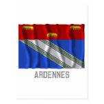 Bandera que agita de Ardenas con nombre Postal