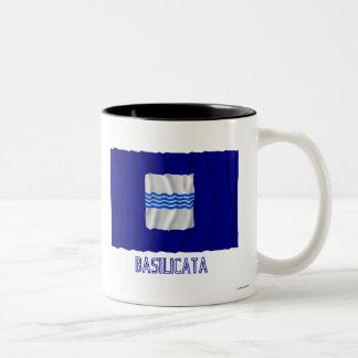 Bandera que agita de Basilicata con nombre Taza Dos Tonos