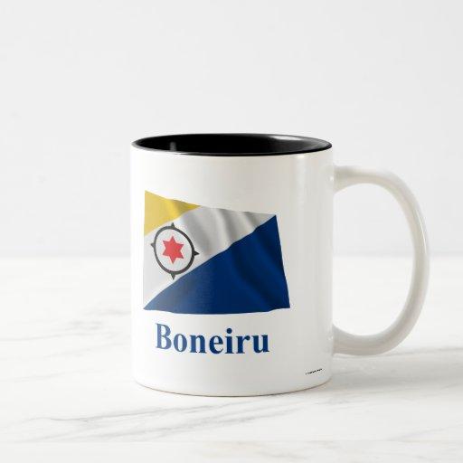 Bandera que agita de Bonaire con nombre en Taza Dos Tonos