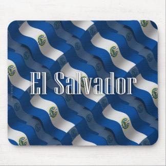 Bandera que agita de El Salvador Tapete De Raton