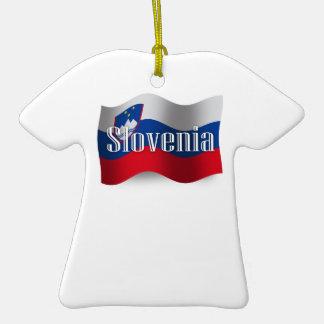 Bandera que agita de Eslovenia Adorno Navideño De Cerámica En Forma De Playera