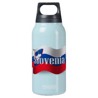 Bandera que agita de Eslovenia