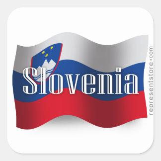 Bandera que agita de Eslovenia Pegatina Cuadrada