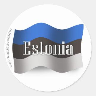 Bandera que agita de Estonia Pegatina Redonda