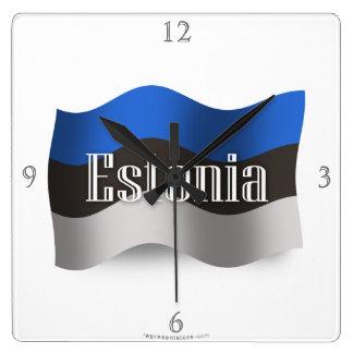 Bandera que agita de Estonia Reloj Cuadrado