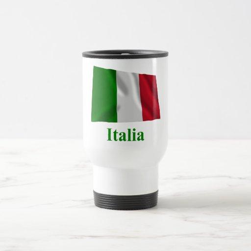 Bandera que agita de Italia con nombre en italiano Tazas De Café