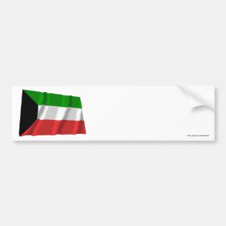 Bandera que agita de Kuwait Pegatina De Parachoque