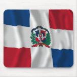 Bandera que agita de la República Dominicana Tapetes De Ratones