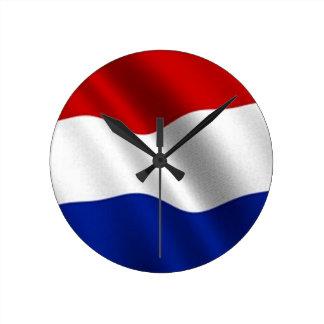 Bandera que agita de los Países Bajos Relojes De Pared