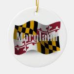 Bandera que agita de Maryland Ornatos