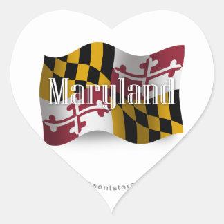Bandera que agita de Maryland Calcomanías Corazones