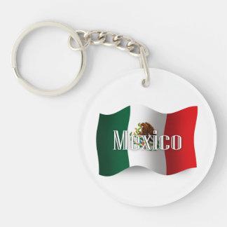 Bandera que agita de México Llavero