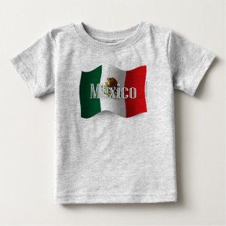 Bandera que agita de México Tee Shirt