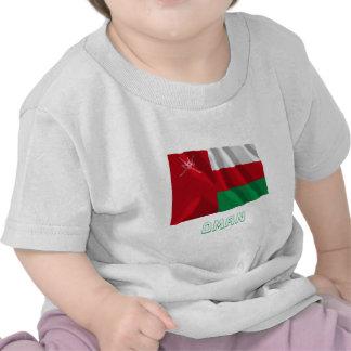 Bandera que agita de Omán con nombre Camiseta
