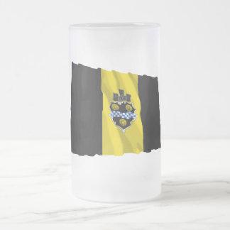 Bandera que agita de Pittsburgh Taza De Cristal