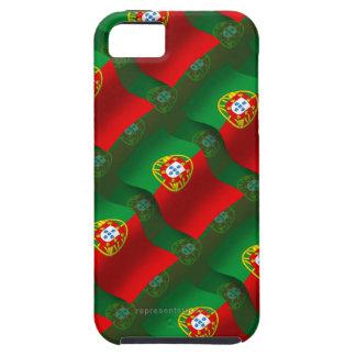 Bandera que agita de Portugal iPhone 5 Cárcasa